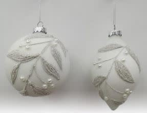 SILVER/WHITE PEARLY ORNAMENTS