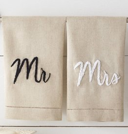 MUD PIE MR & MRS FRENCH KNOT TOWELS