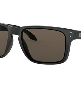 Oakley OAKLEY HOLBROOK XL - MATTE BLACK W/ WARM GREY LIFESTYLE