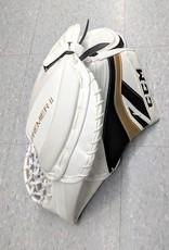 CCM Hockey CCM CG PREMIER 2 GOALIE TRAPPER - Wht/Blk/Gold