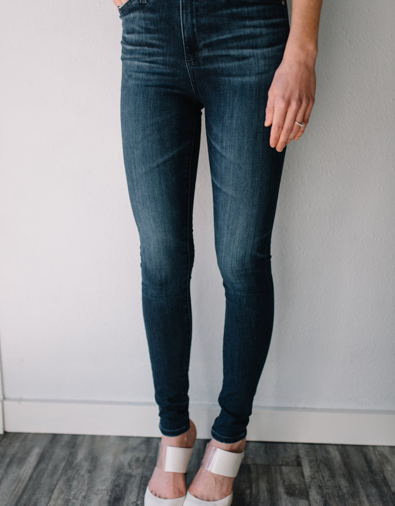 AG Jeans The Mila - 5 Year Blue Essence