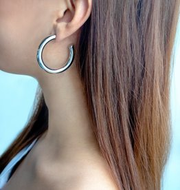 Wanderlust + Co. Faye Mini Hoop Earrings