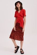 Fifth Label Classical Top