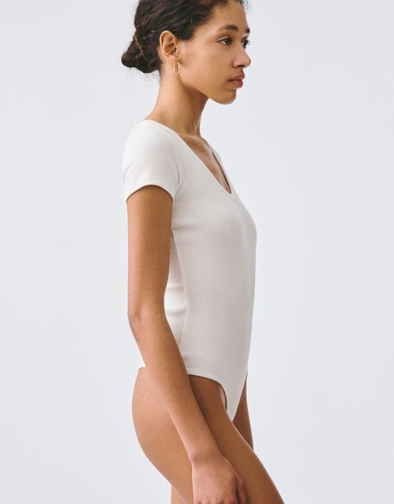 AGOLDE Short Sleeve Scoop Neck Rib Body Suit