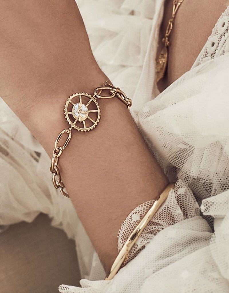 Wanderlust + Co. Bee Gold Toggle Bracelet