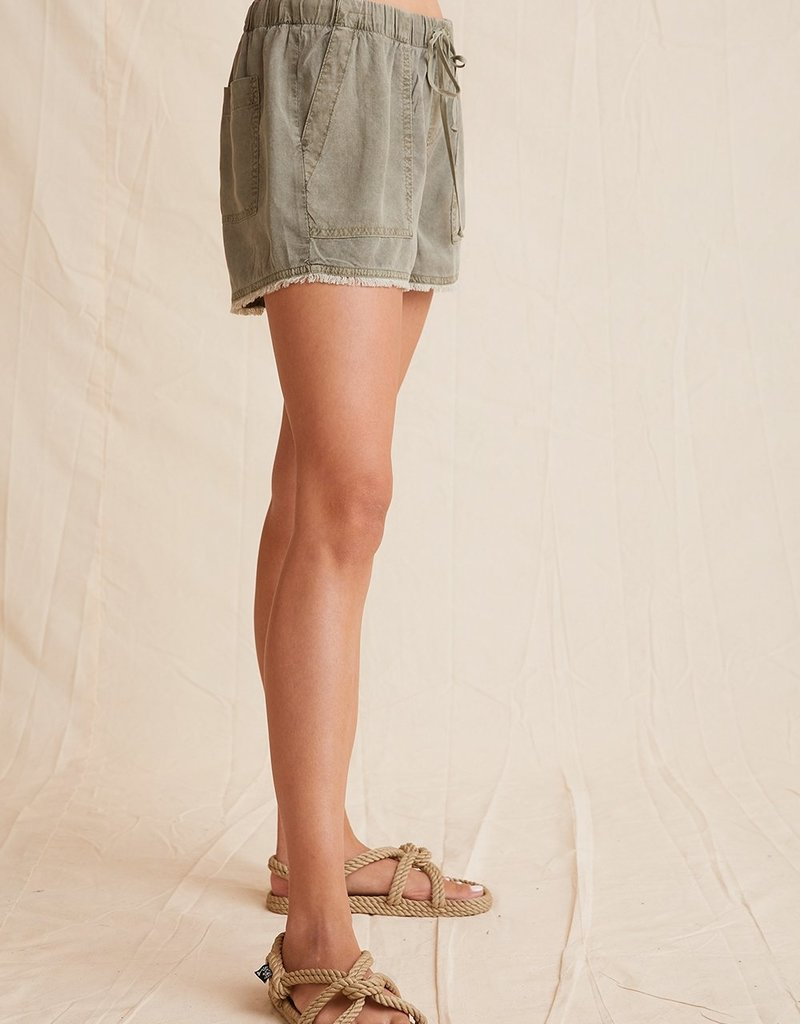 Bella Dahl Frayed Pocket Short
