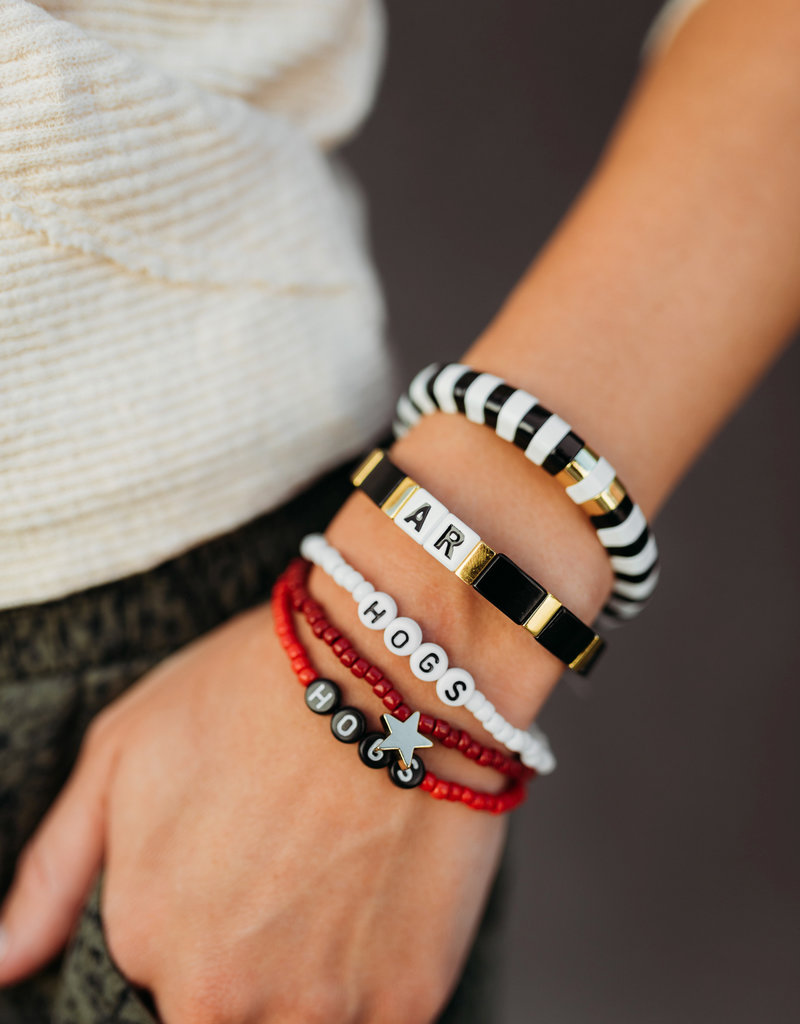 La Lumiere NY Hogs Beaded Bracelet - White