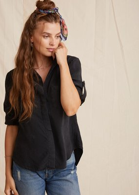 Bella Dahl Split Back Button Down - Vintage Black