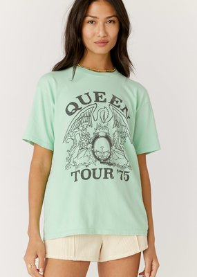 Daydreamer Queen 1975 Weekend Tee - Mint