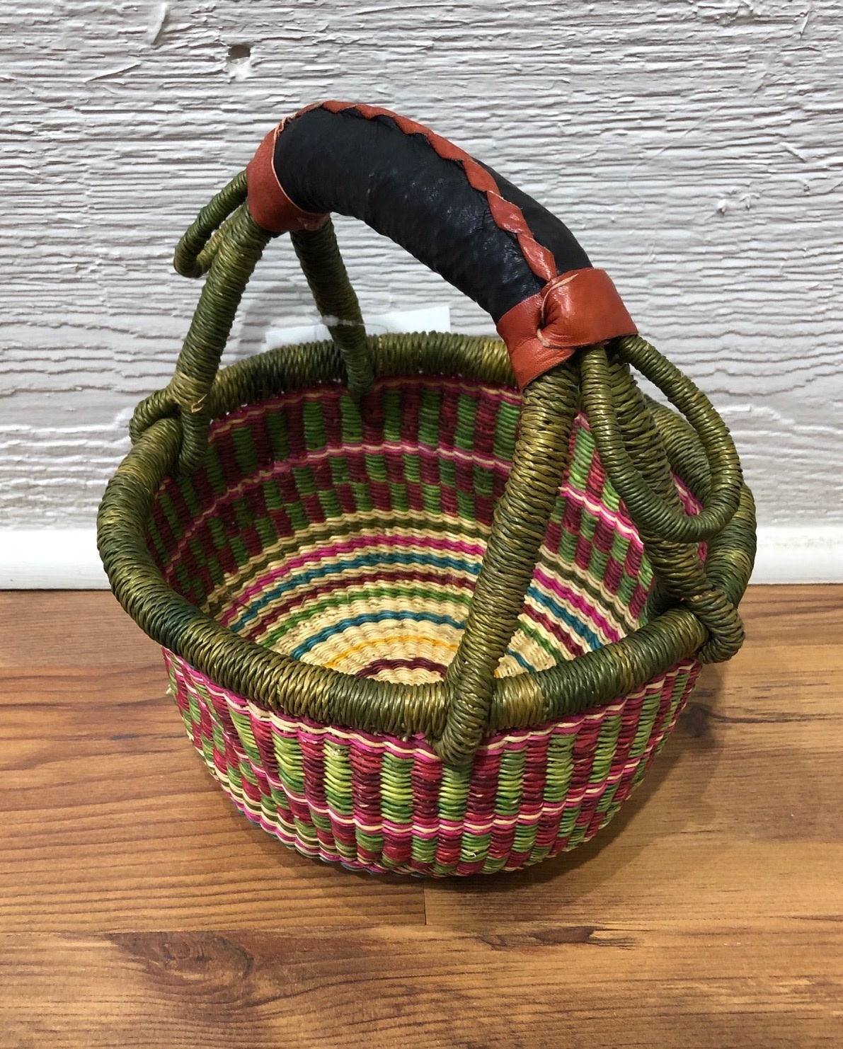 Mini Round Basket w/ Handle