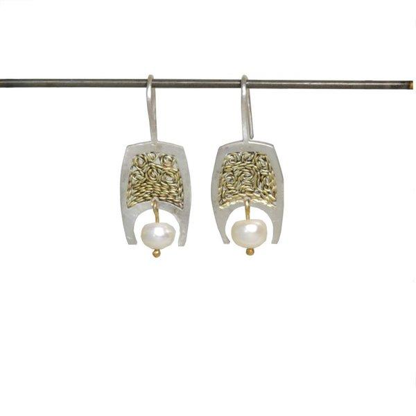 Cordoboa with Pearl Earring