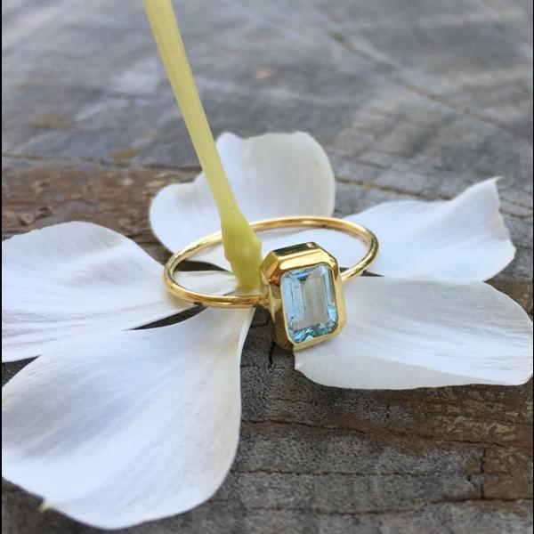 Ava Ring - Medium