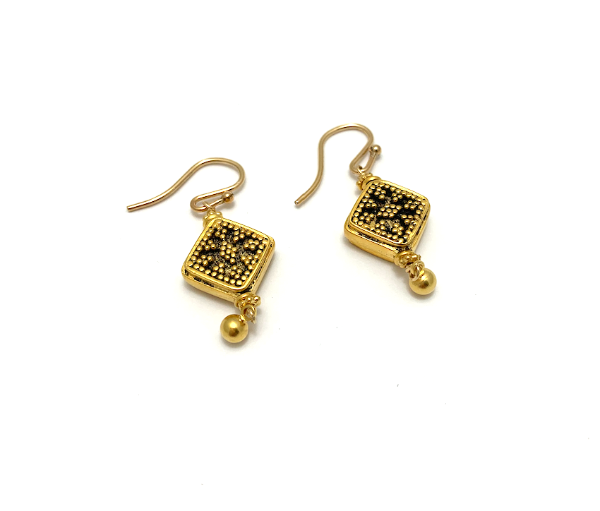 Square Ear, gold plate