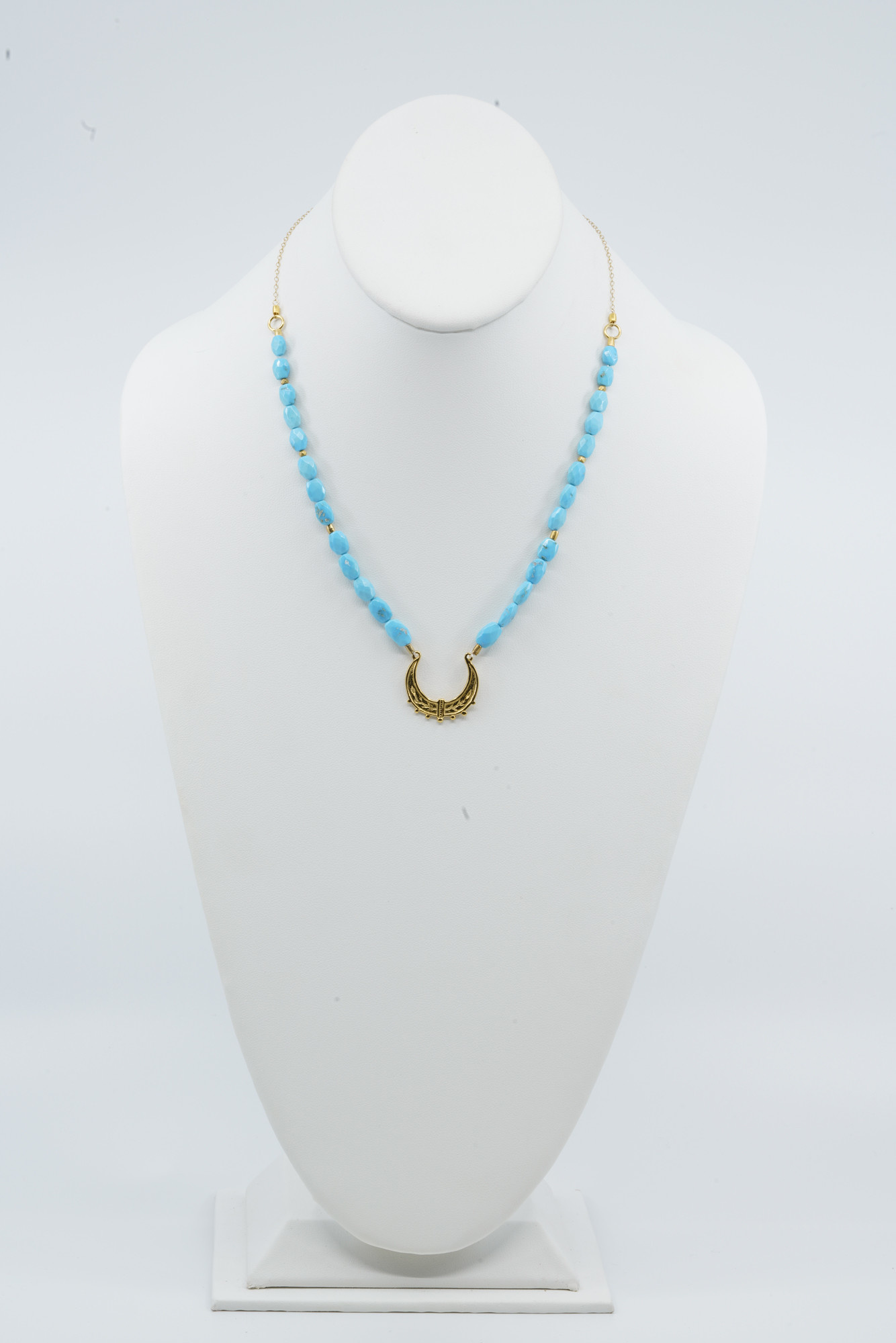 Turquoise Moroccan Swing Necklace