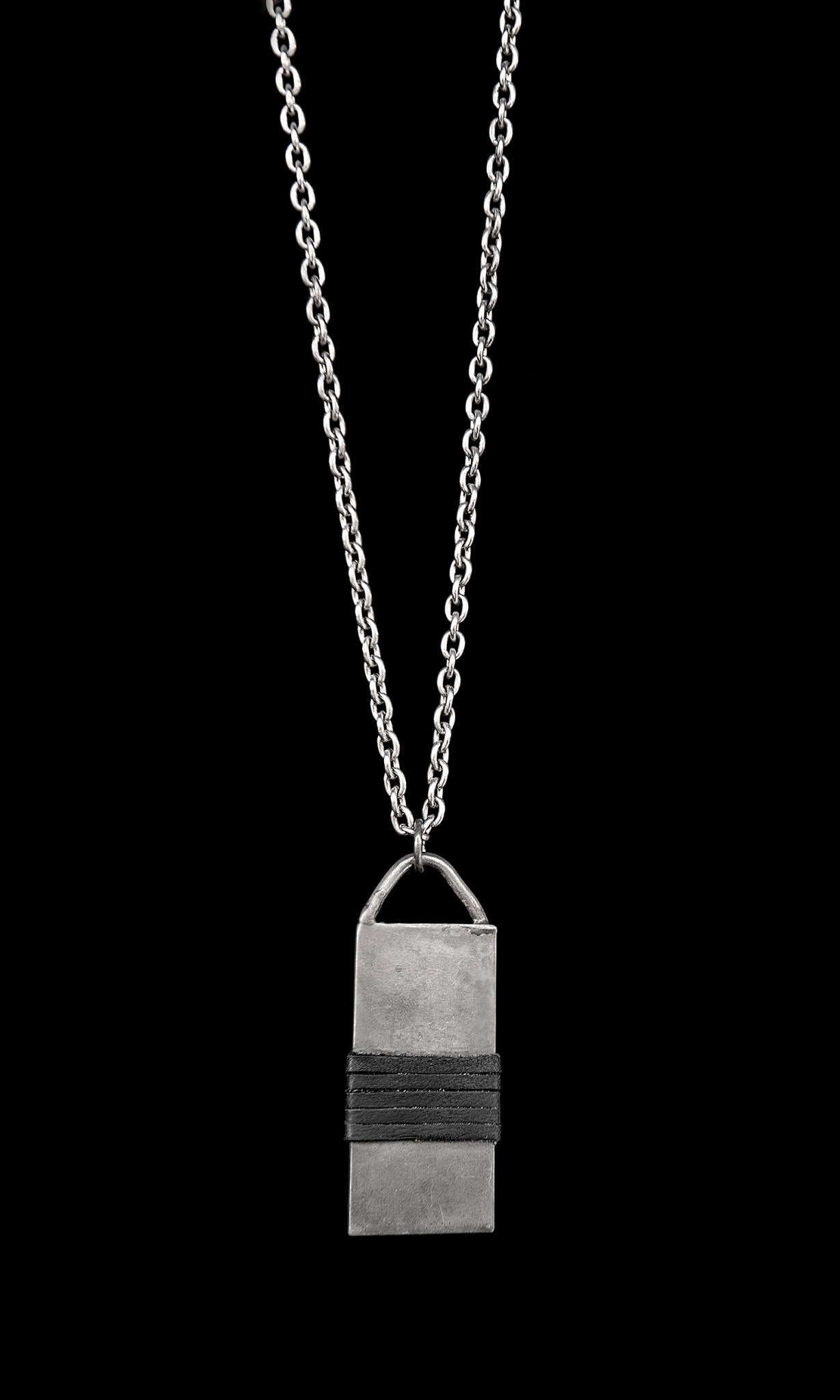 Bar Necklace with Leather