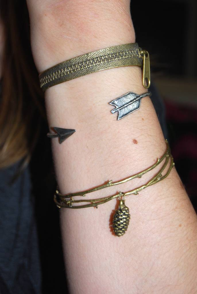 BRANCH BANGLES WITH PINECONE