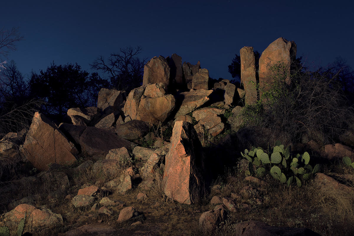 GNEISS EVENING AT INKS LAKE