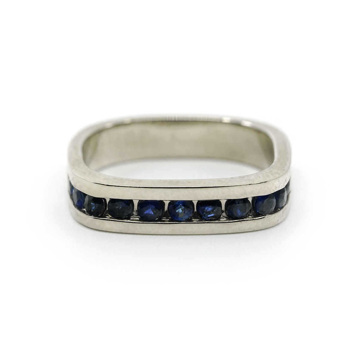 Channel Pinky Ring - Sapphire