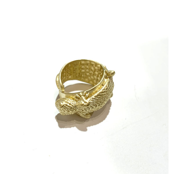 Carved and cast Gecko ring