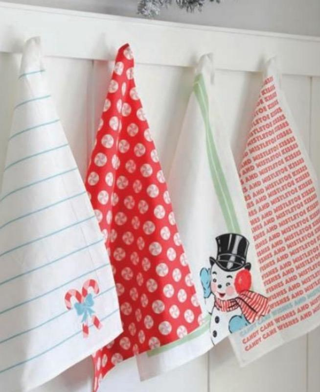 Sweet Christmas Snowman Towels - Set of 4