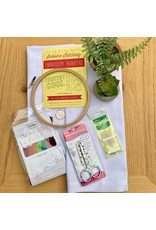 Picking Daisies Embroidery Kit, Tea Towel Gift Set, Country Cool with Parlour Floss