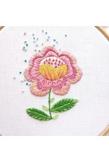 Picking Daisies Embroidery Kit, Tea Towel Gift Set, Fantasy Flowers with Flowerbox Floss
