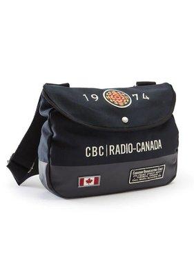 b52b99f6b03 Red Canoe CBC 74 Shoulder Bag