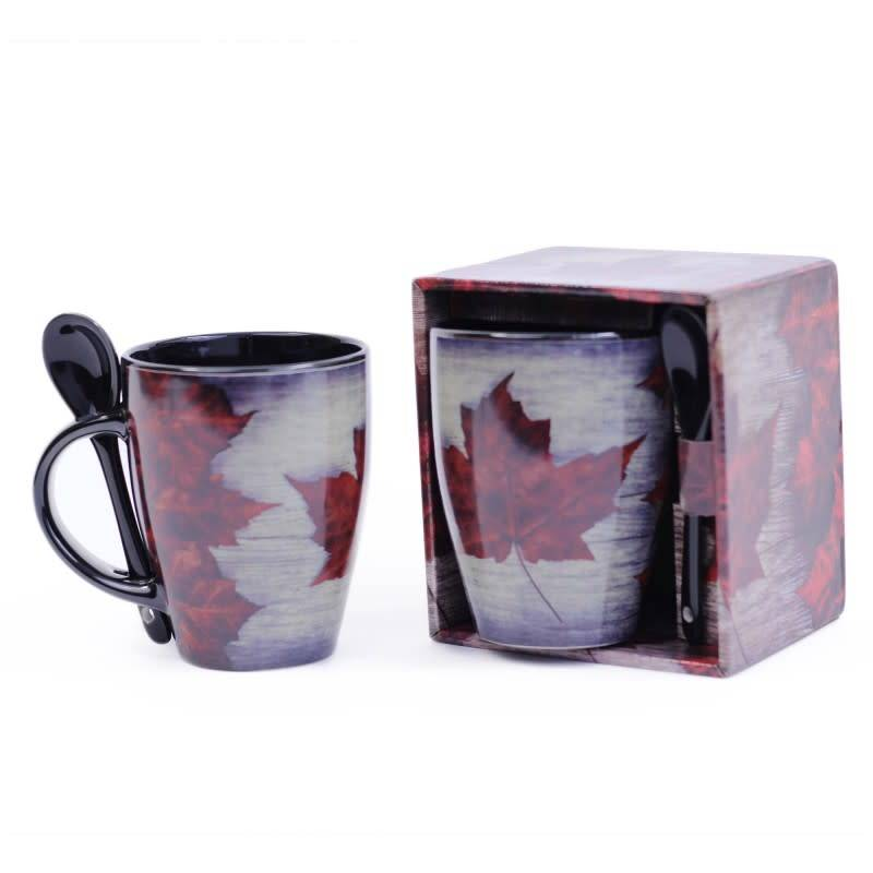 RED/BLACK CANADA VINTAGE 12 OZ MUG