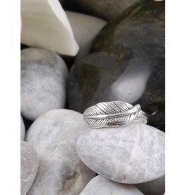 Mini Leaf Ring REA