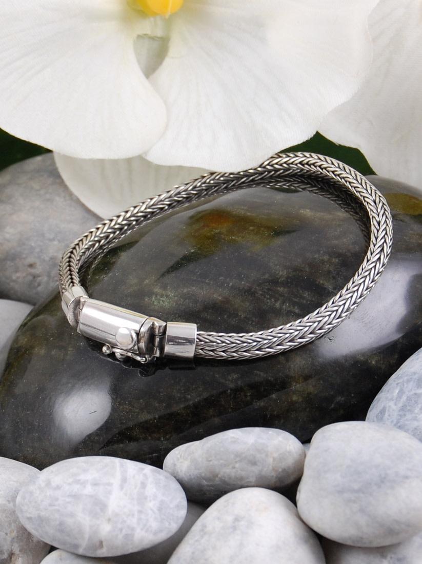 Batu bracelet 5mm
