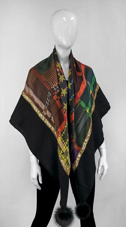 Mitchie's matchings Foulard léger en laine avec satin et pom pom de renard Stock: