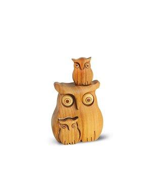 1 Owl with 2 babyies 5169