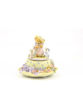 1 Teddy Bear Musical Figurine