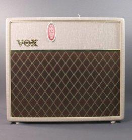 "Vox DEMO Vox AC15HW1X 15-watt 1x12"" Handwired Tube Combo with Alnico Blue Speaker (091)"