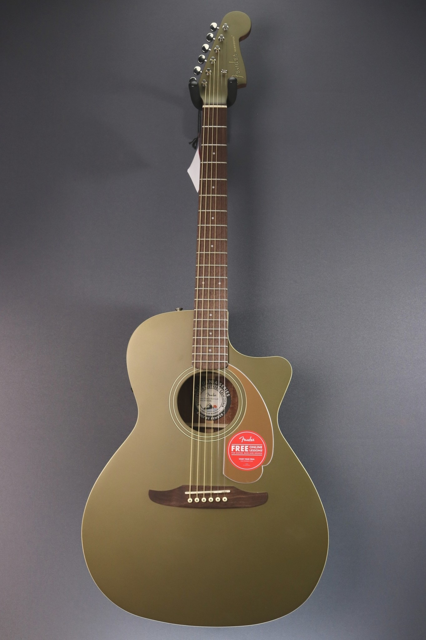 Fender DEMO Fender Newporter Player - Olive Satin (729)