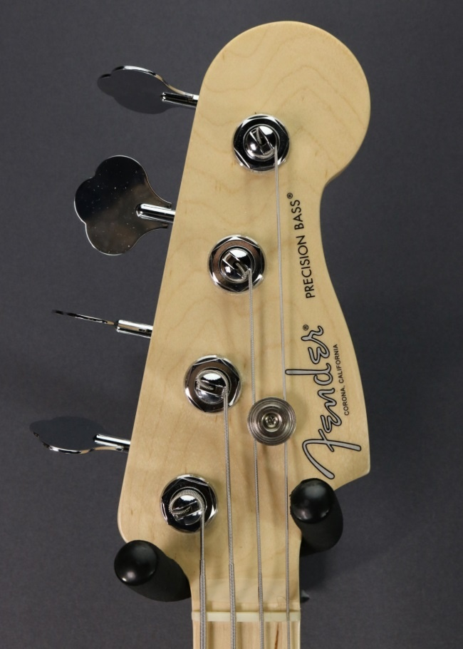 Fender USED Fender American Professional Precision Bass (660)