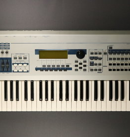 Yamaha USED Yamaha MO6 Keyboard (100)