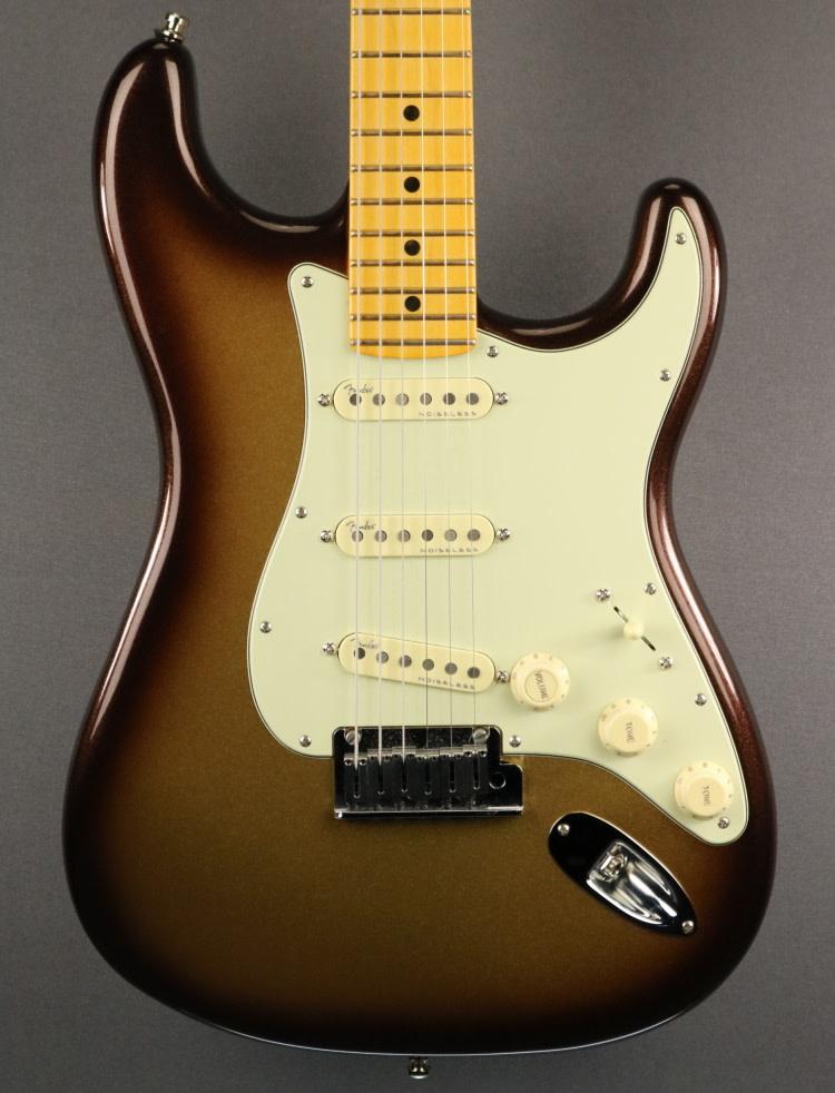 Fender USED Fender American Ultra Stratocaster (427)