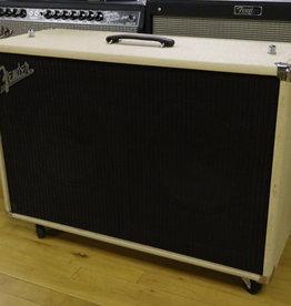 Fender USED Fender Super Sonic 2x12 Speaker Cab (041)