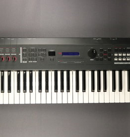 Yamaha USED Yamaha MX49 Synthesizer (010)