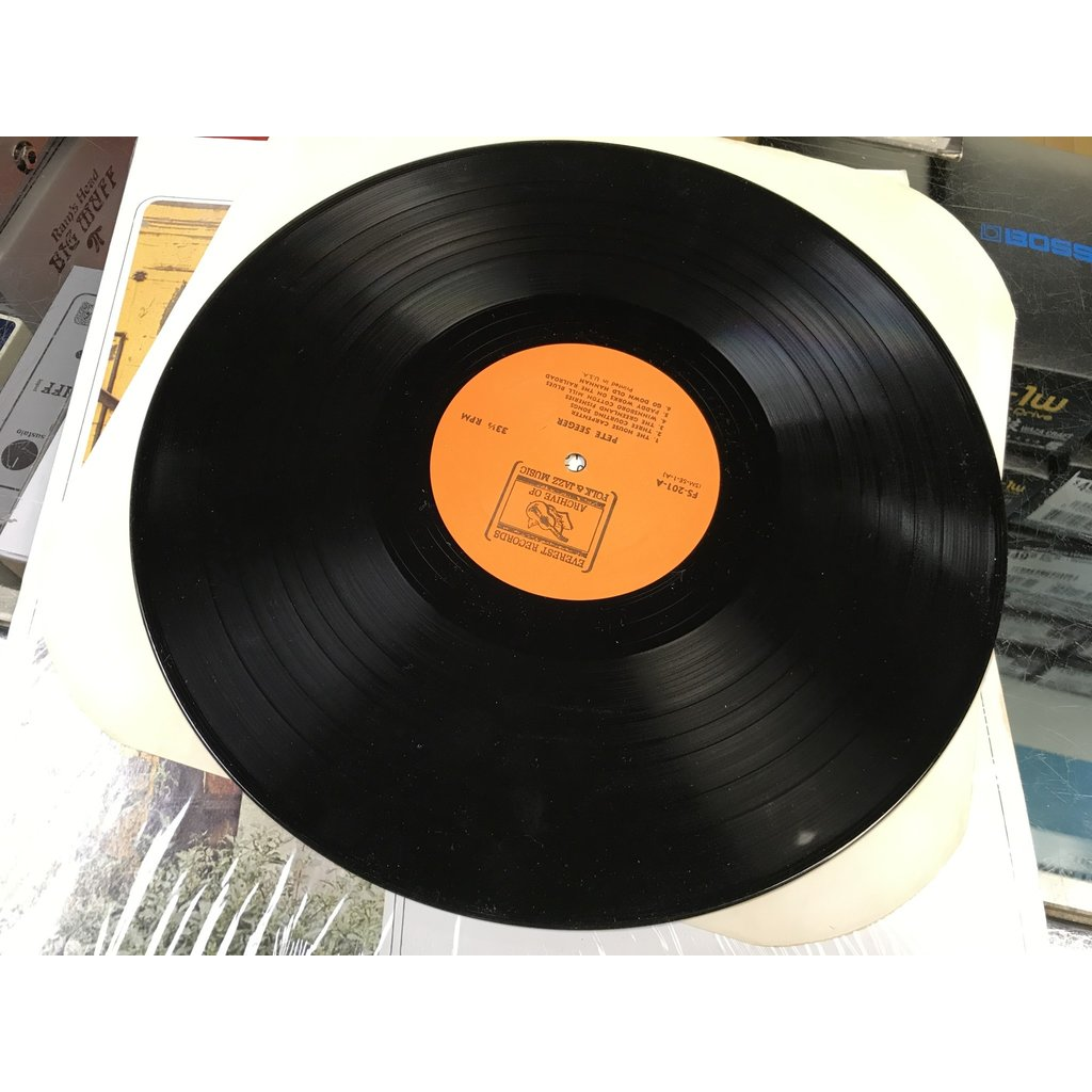"""Vinyl Used Pete Seeger """"Pete Seeger"""" LP"""