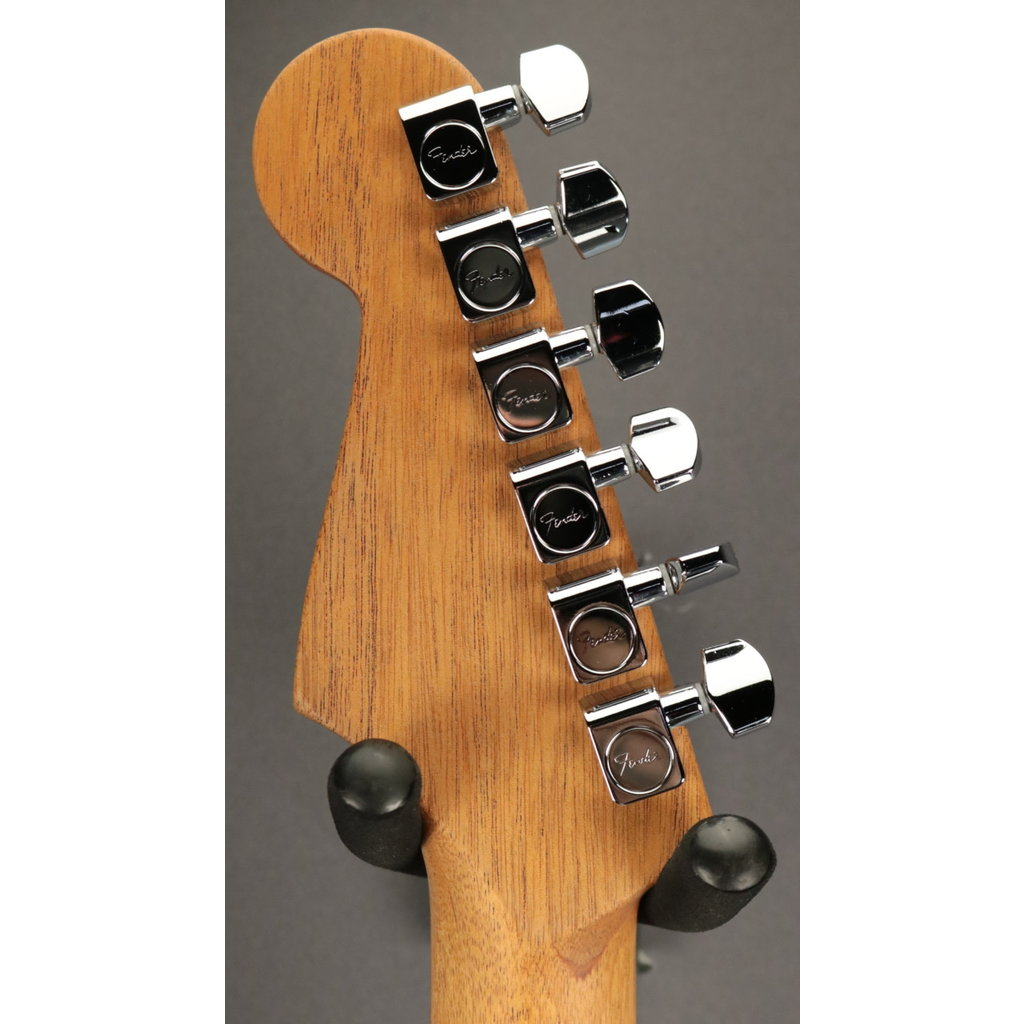 Fender NEW Fender American Acoustasonic Strat - Transparent Sonic Blue (530)