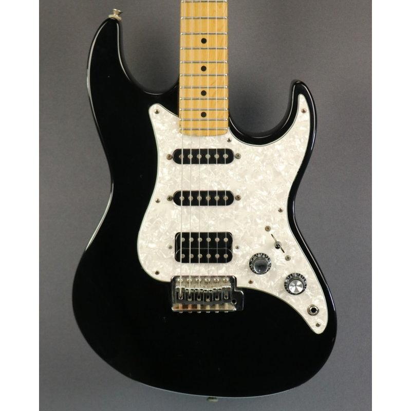 Fender USED Fender Prodigy (586)