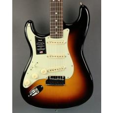 Fender NEW Fender American Ultra Stratocaster Left-Handed - Ultraburst (093)