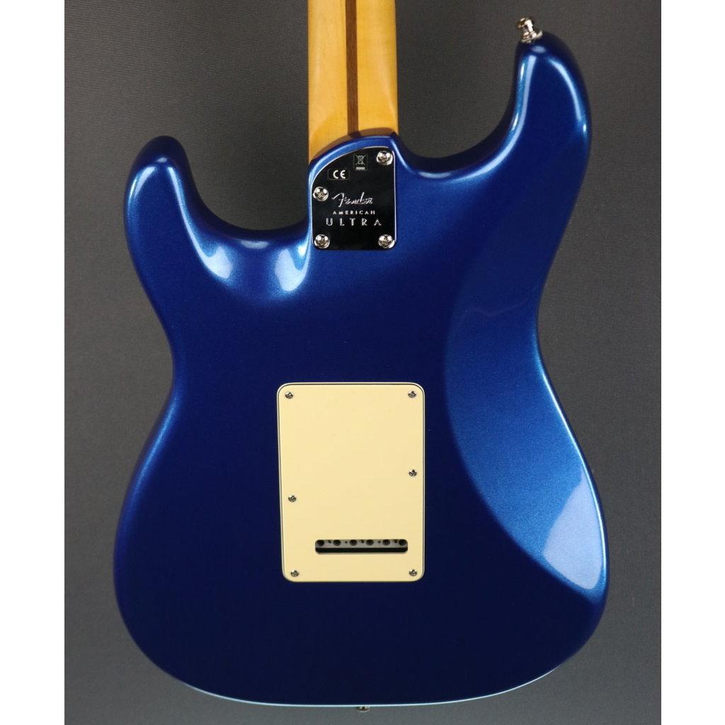 Fender DEMO Fender American Ultra Stratocaster - Cobra Blue (797)
