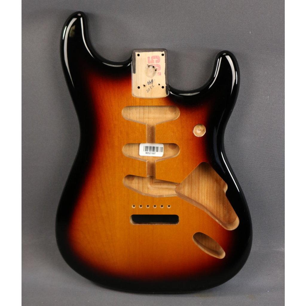 Fender NEW Fender Classic Series 60's Stratocaster Body - 3-Color Sunburst (697)