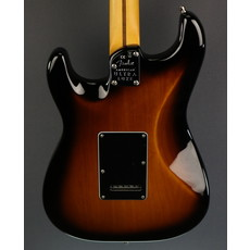 Fender NEW Fender Ultra Luxe Stratocaster - 2-Color Sunburst (952)