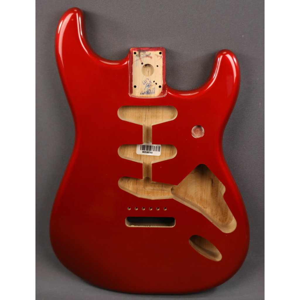 Fender NEW Fender Classic Series 60's Stratocaster Body - Candy Apple Red (368)