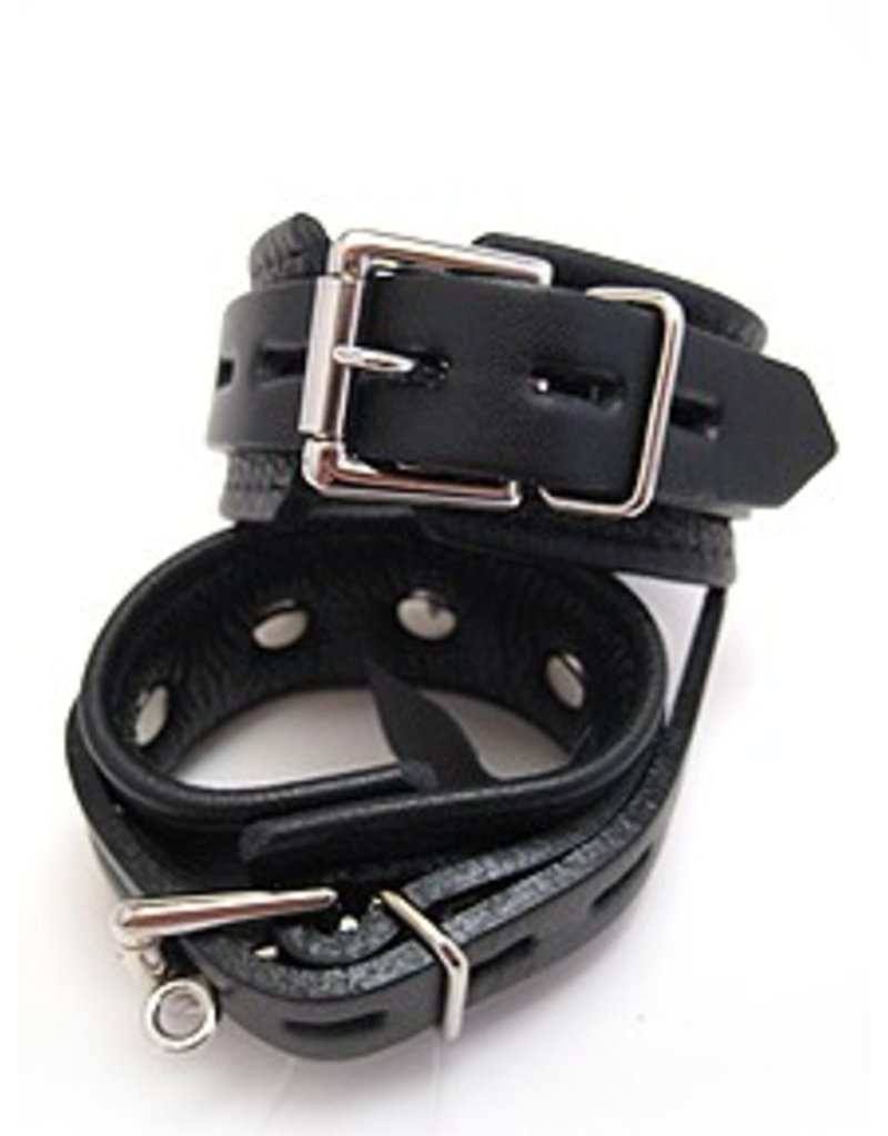 Aslan Restraints: Comfy Cuffs