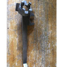 Drum Tap Wrench for Industrial Jug
